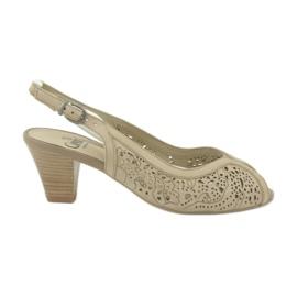 Ruskea Caprice-sandaalit naisten avokengät 29606