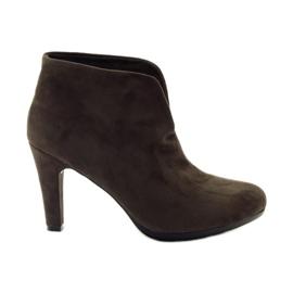 Ruskeat naisten kengät Hengst 214702