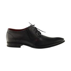 Musta klassinen miesten kengät Pilpol 1623