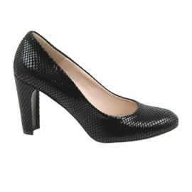 Musta Sagan 2600 musta kengät