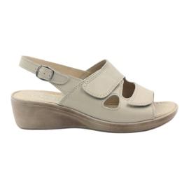 Ruskea Gregors 592 beige naisten sandaalit