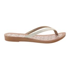 Flip-flops INBLU IR063 hopea