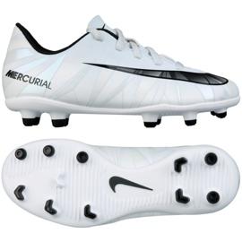 Jalkapallokengät Nike Mercurial Vortex Iii CR7 Fg Jr. 852494-401 valkoinen