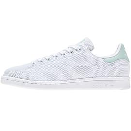 Valkoinen Adidas Originals Stan Smithin kengät CQ2822: ssa