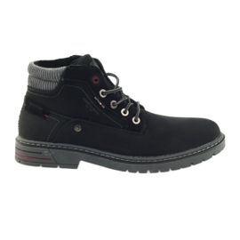 American Club musta American trappers kengät talvella vaellus