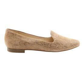 Ruskea Lordsy naisten nahka-balettikengät Caprice 24203 beige
