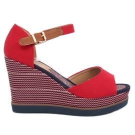 Sandaalit kiilakorkoilla punainen 9079 Punainen