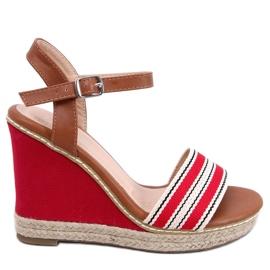 Sandaalit kiilakorkoilla punainen 9068 Punainen