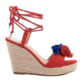 Seastar punainen Sidottu sandaalit kiilassa