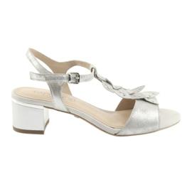 Caprice Sandaalit, joissa hopeaa harmaa