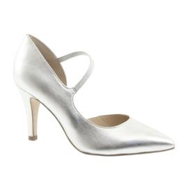 Kengät hihnalla Caprice 24402 hopea harmaa