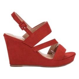 SHELOVET punainen Sandaalit On Wedge