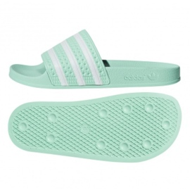 Adidas Originals Adilette -laatat CG6538: ssa vihreä