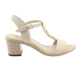 Ruskea Sandaalit naisten beige Anabelle 1447 beige / silver