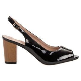 Goodin musta Lakattu naisten sandaalit