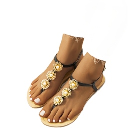 Musta litteä sandaalit helmillä Okra