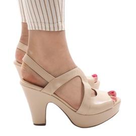 Ruskea Beige BL1501 korkokengät sandaalit