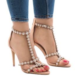 Nude sandaalit nastalla, jossa on 8296-Y nastat
