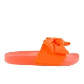 Oranssi flip-flopit, joissa on neon MU-6 keula