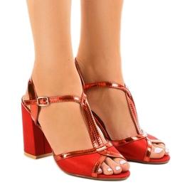 Punaiset sandaalit mokkanapaan WED503 punainen
