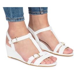 Valkoinen lakattu 668-1 kiilakorko sandaalit