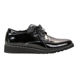 Filippo Mustat lakatut kengät