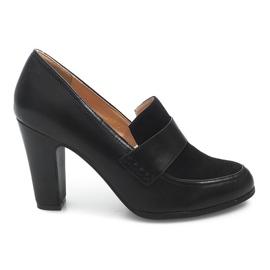 Kengät postilla D11 musta
