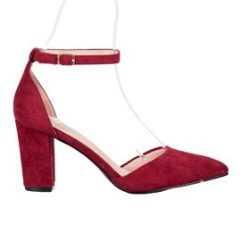 Tyylikkäät VINCEZA-pumput punainen