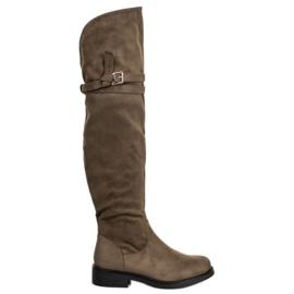 Ideal Shoes Tyylikäs solki reiteen korkeisiin saappaisiin vihreä