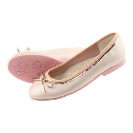 Balleriinat, joissa on keulan vaaleanpunainen helmi American Club GC14 / 19 4
