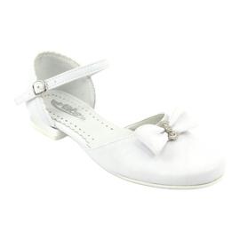 Kohteliaisuus balleriinien ehtoollinen Miko 671 valkoinen 1