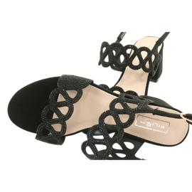 Mustat sandaalit kuutio zirkoniumoksidilla Filippo DS1355 / 20 BK 4